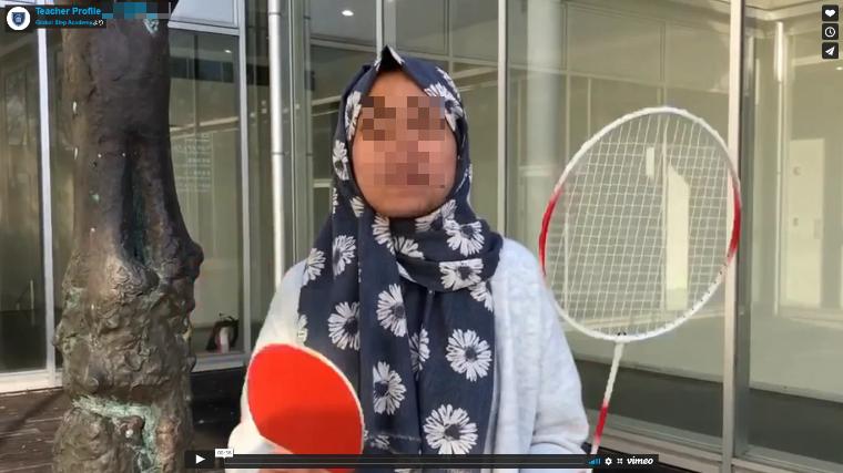 子供オンライン英会話スクール・ヒジャブをかぶった講師